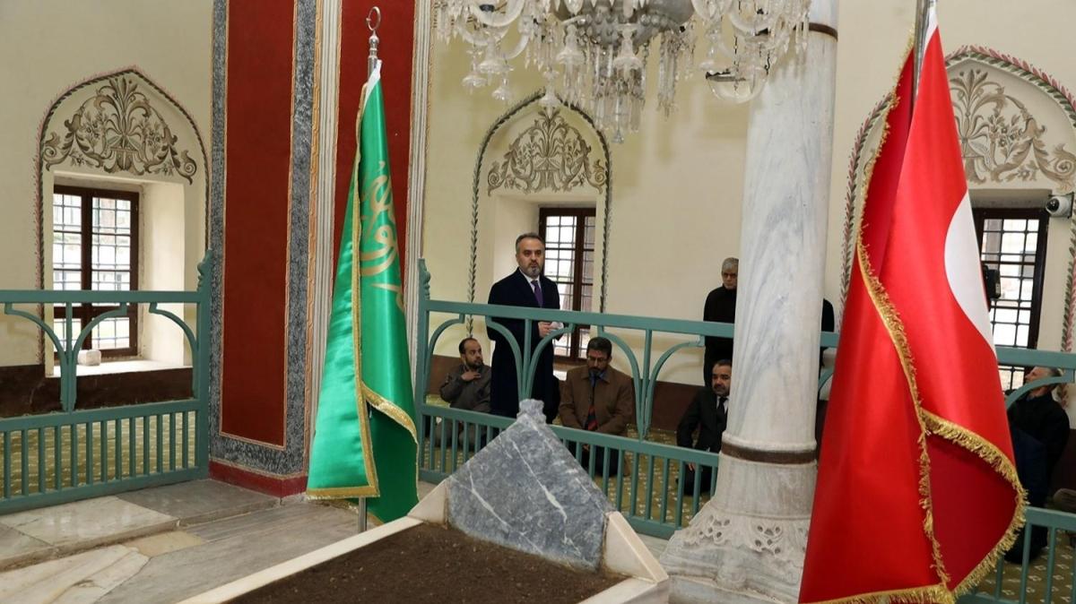 Sultan 2. Murad vefatının 569'uncu yılında Bursa'daki kabri başında anıldı