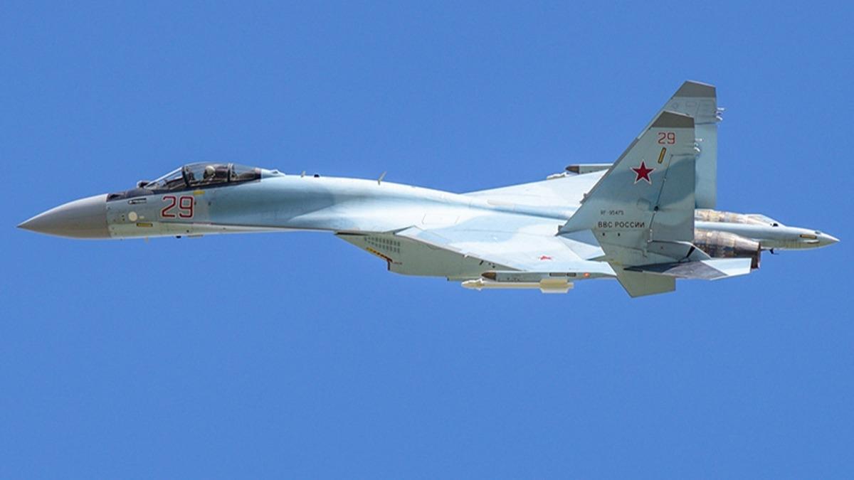 Su-35S ilk test uçuşunu gerçekleştirdi