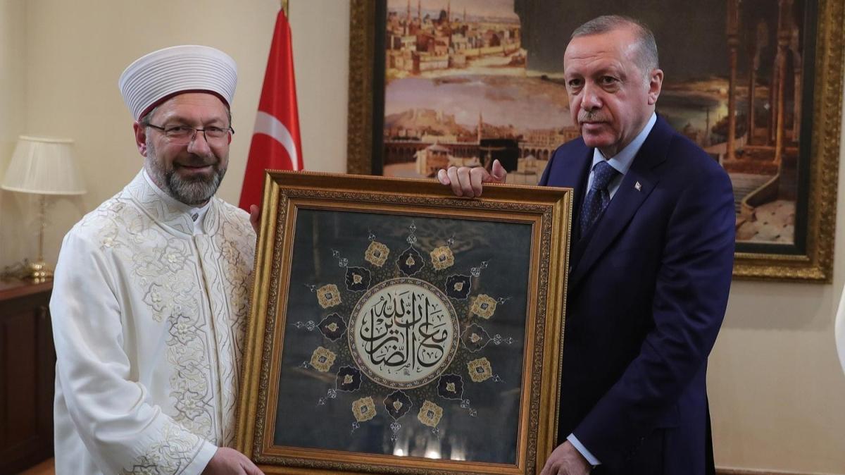 Başkan Erdoğan'dan Diyanet'e ziyaret