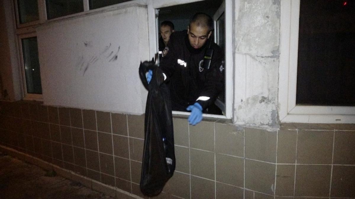 İŞKUR binasına demir kesme makasıyla girdi, bekçiler olayı önledi