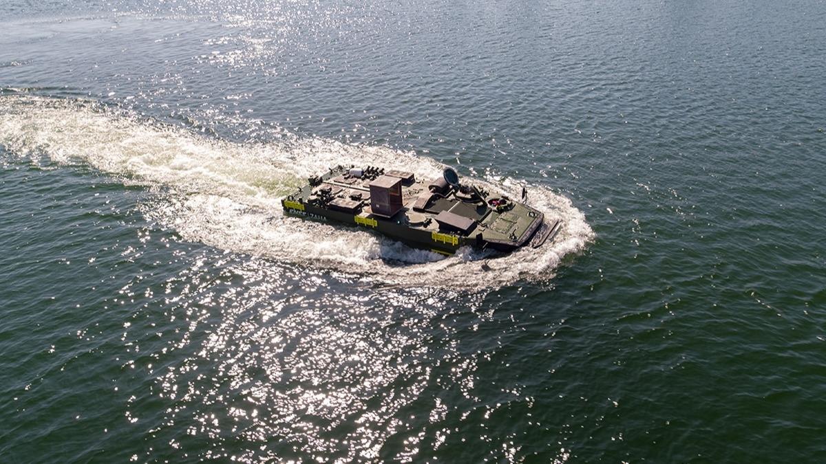 TCG Anadolu'da görev alacak: Zırhlı Amfibi Hücum Aracı deniz testine başladı