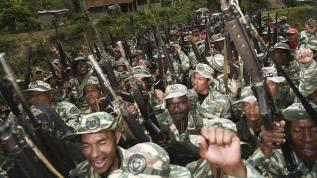 Venezuela'da gövde gösterisi! 2 milyon 300 bin güvenlik görevlisi katılıyor