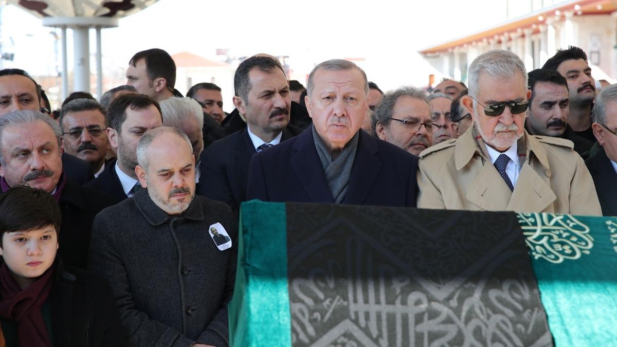 Eski bakanın acı günü... Başkan Erdoğan yalnız bırakmadı