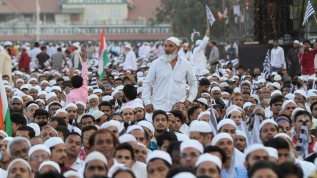 Hindistan'da Müslümanların protestoları sürüyor