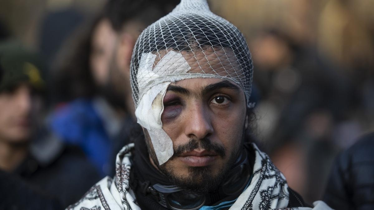 Göçmenler tel çitleri keserek Yunanistan'a geçti!