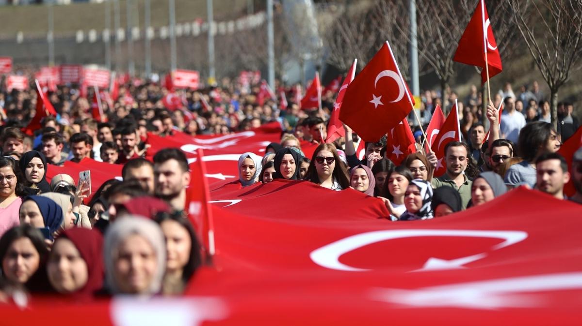 Milyonların yüreği Mehmetçik için attı!