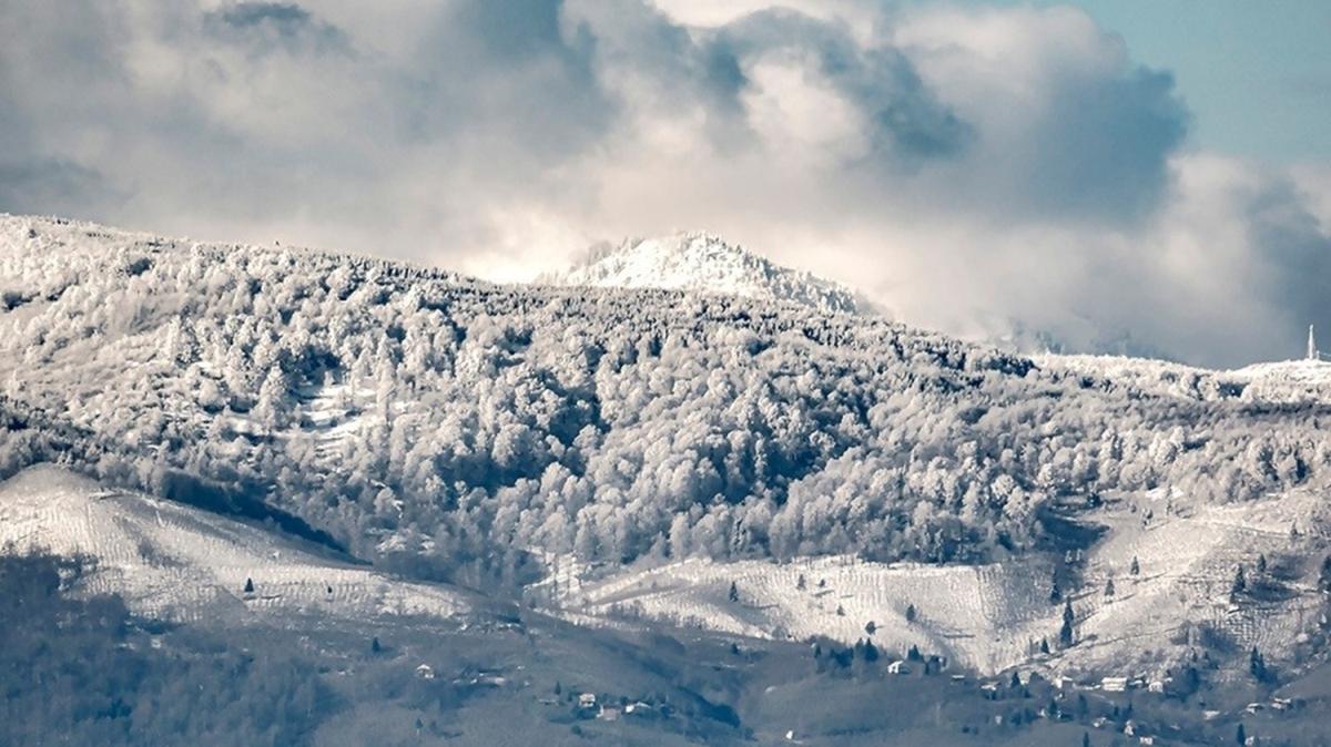 Kar yağışı sonrası kartpostallık görüntüler oluştu