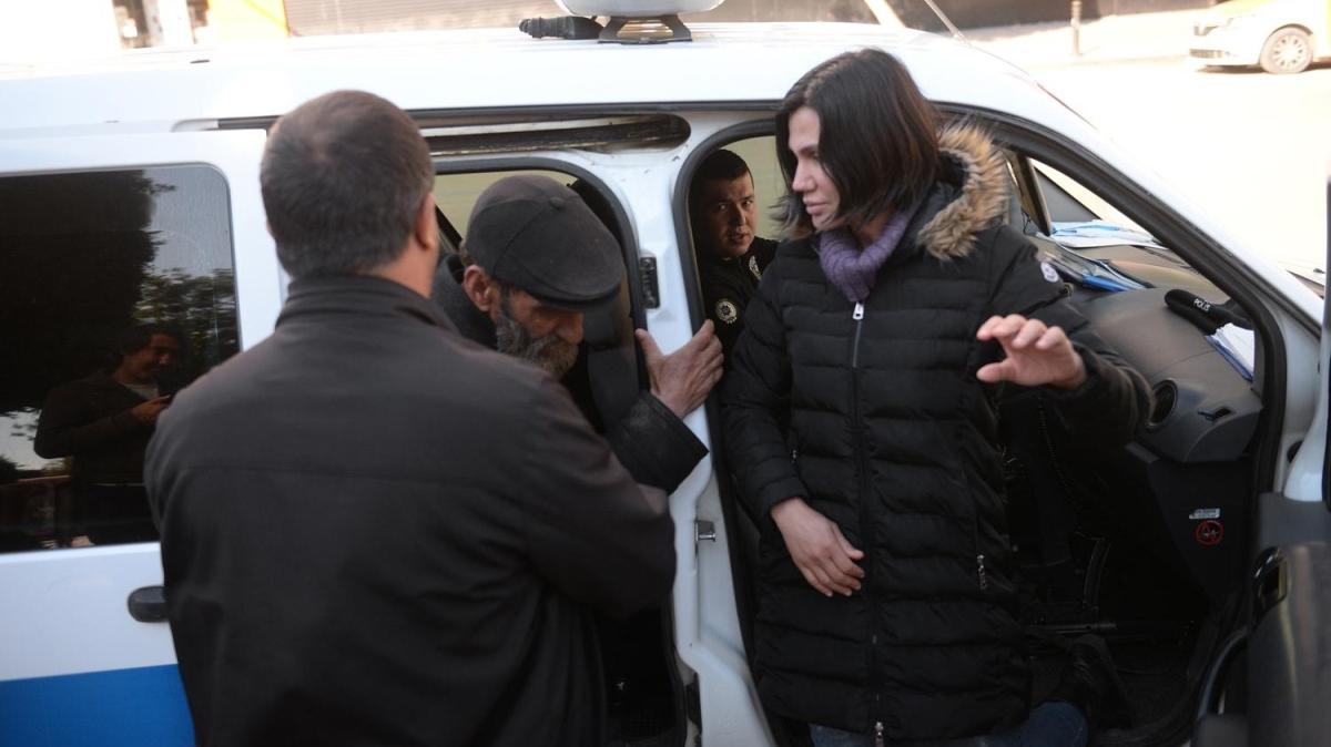 Yasağa uymayan yaşlılara polis uyarısı: Evlerine gönderildiler