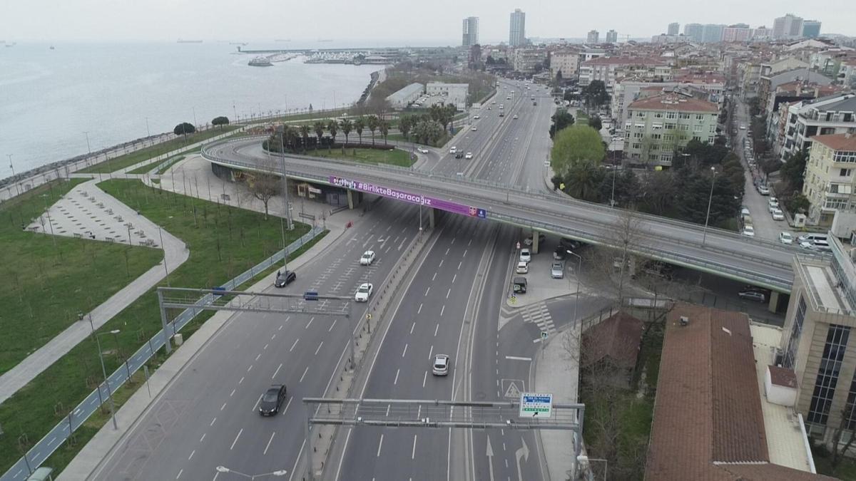 İstanbul'da pazartesi sabahı alışılmadık manzara