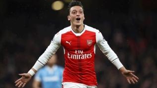 Mesut Özil'in menejerinden Fenerbahçe açıklaması