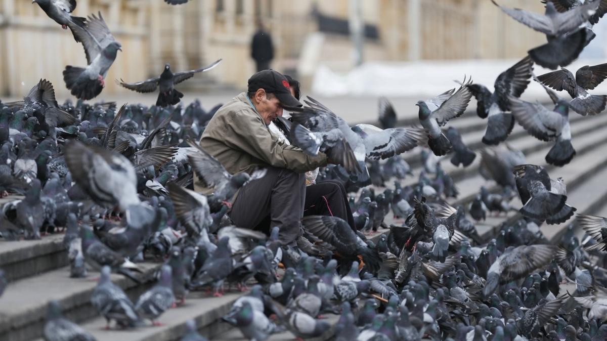 Bolivar Meydanı'nda 'koronavirüs sessizliği'