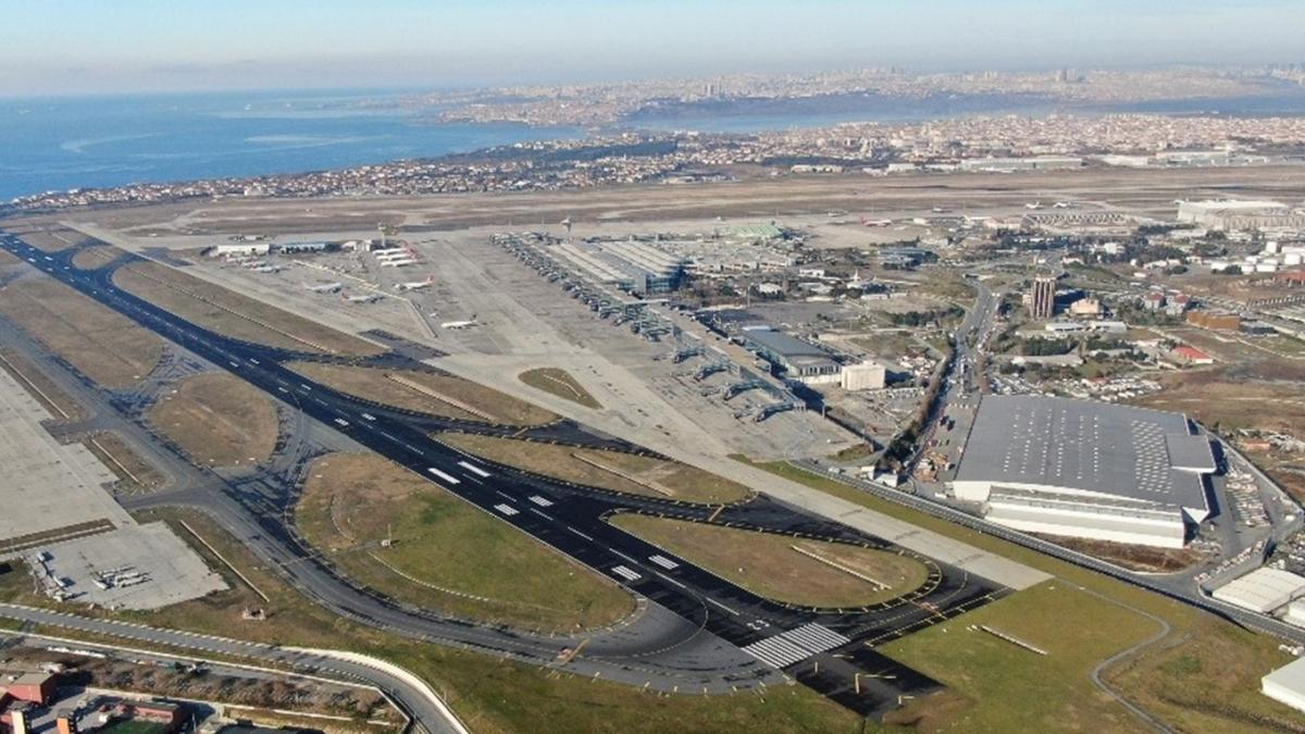 Koronavirüs sonrası Atatürk Havalimanı'nda dikkat çeken detay!