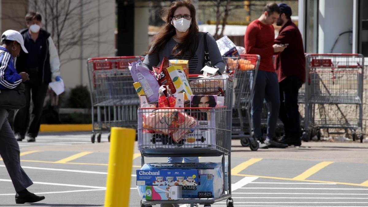 ABD'de koronavirüs alışverişi paniği devam ediyor!