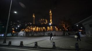 Tarihi ve turistik mekanlarıyla milyonları ağırlayan şehirde koronavirüs sessizliği