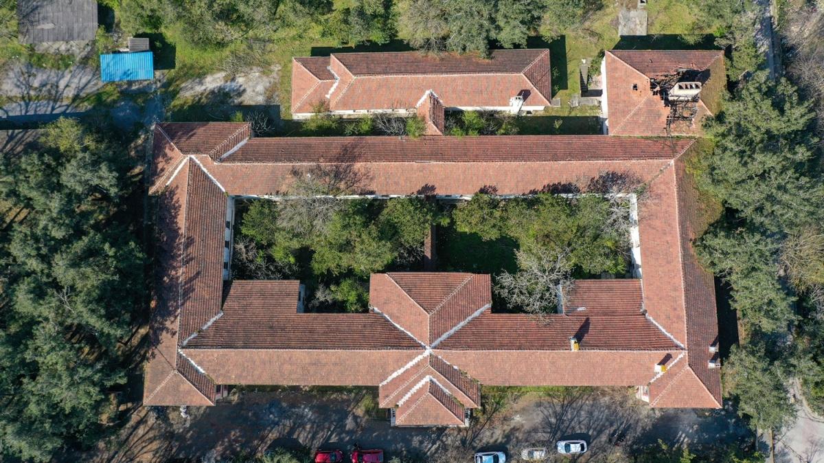 128 yıllık tarihi hastane koronavirüs için yeniden açılıyor