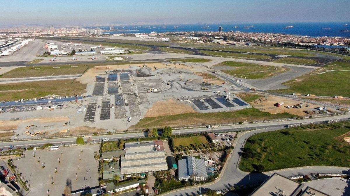 Atatürk Havalimanı'ndaki çalışmalar havadan görüntülendi: Zemin betonu dökülmeye başlandı