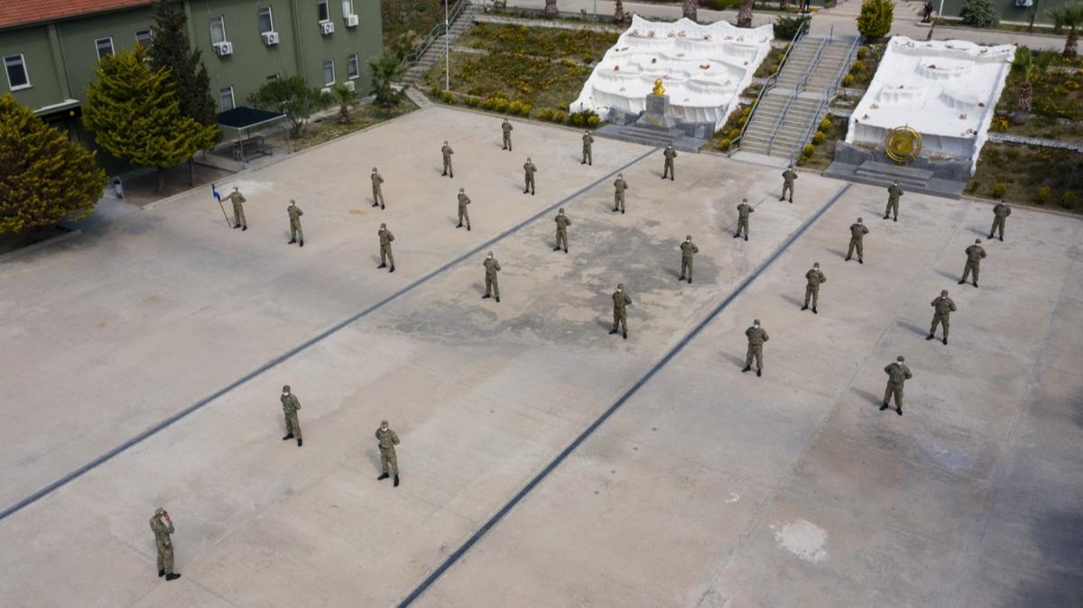 Askeri birlikte Kovid-19 önlemleri had safhada