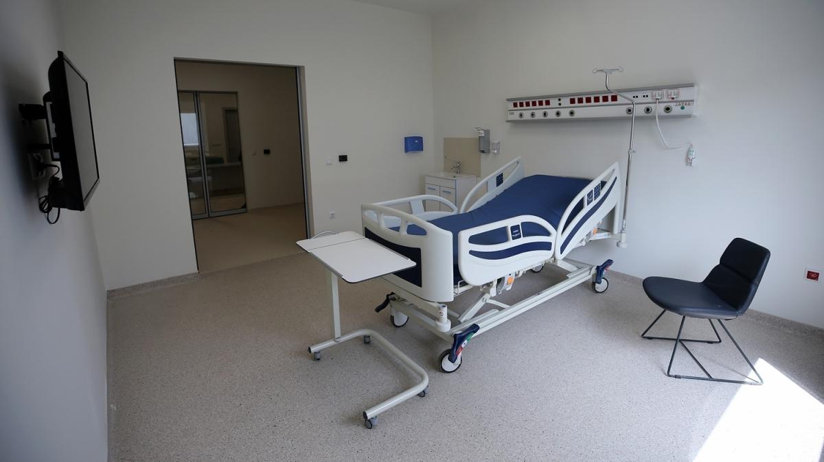 Atatürk Havalimanı'nda inşaası süren hastanenin tamamlanan iç bölümleri görüntülendi
