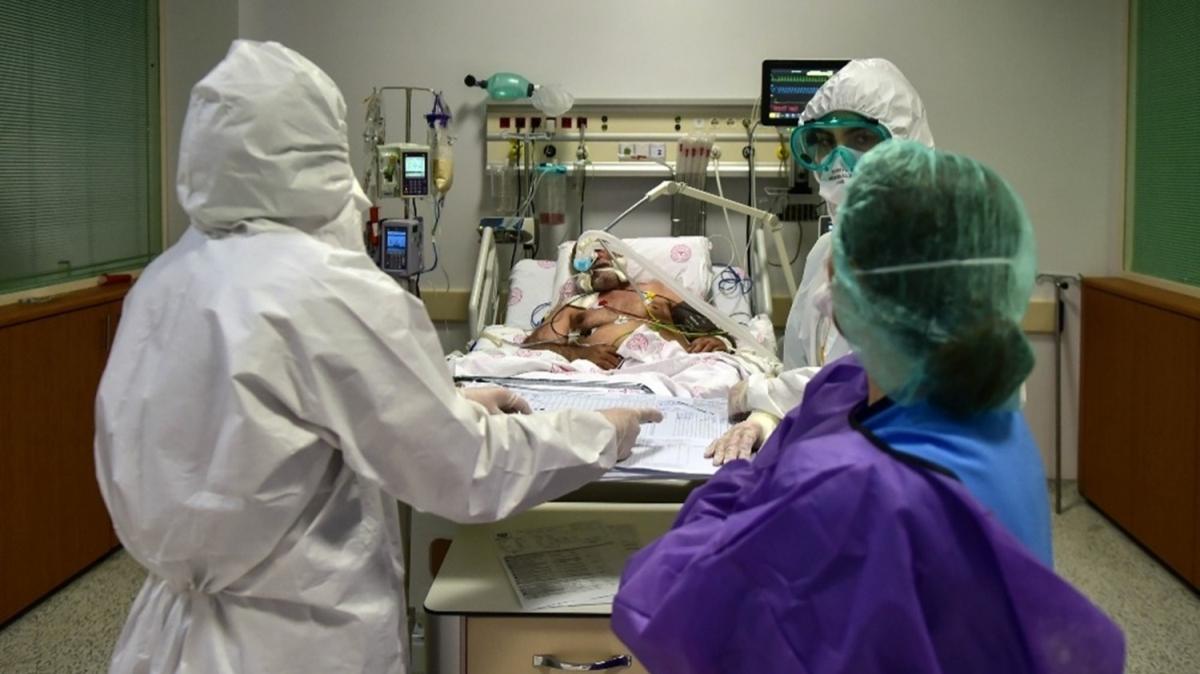 Yoğun bakımdaki koronavirüs mücadelesi görüntülendi