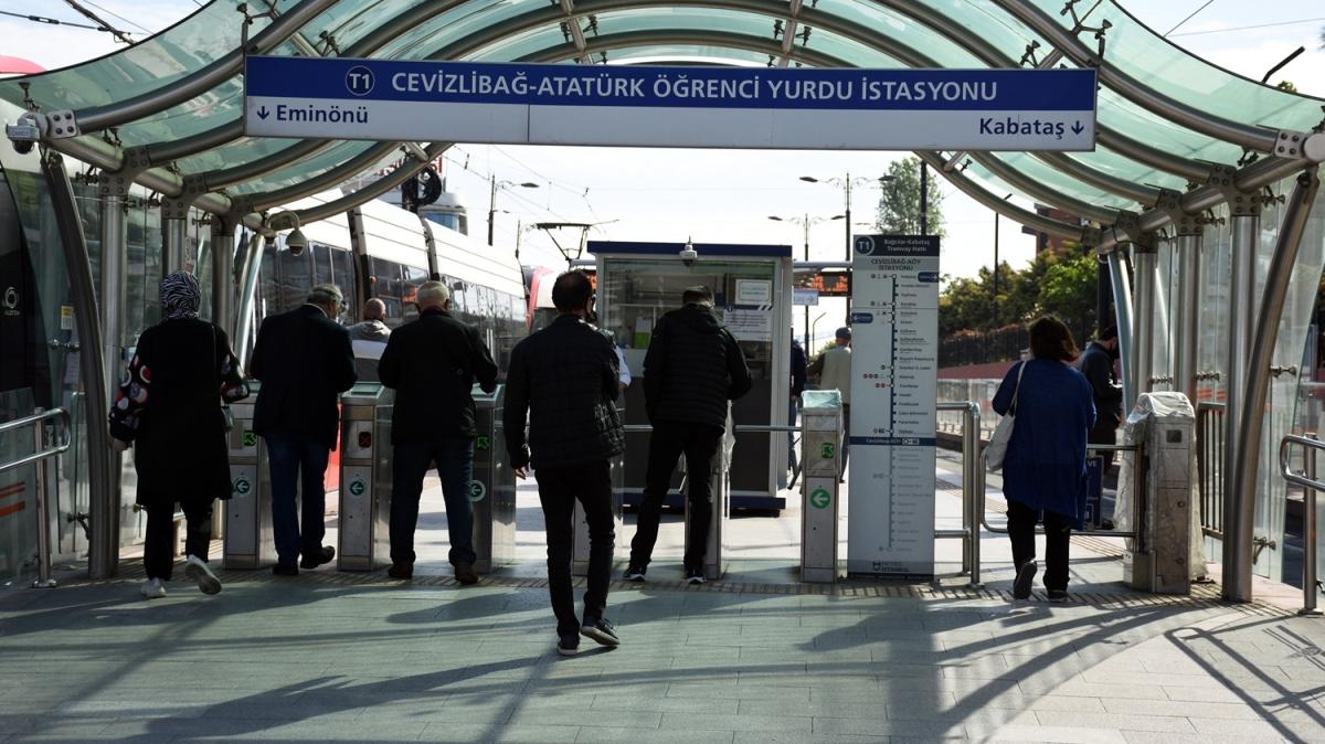 İstanbul'da 'kontrollü sosyal hayat'ın ilk günü