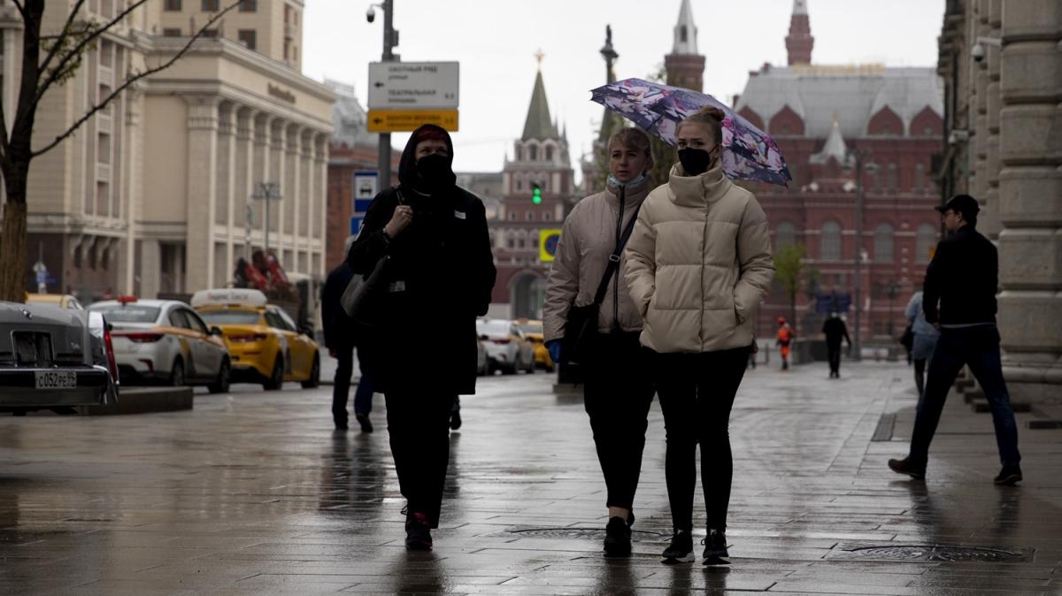 Rusya'da Kovid-19 vaka sayısı 281 bini geçti