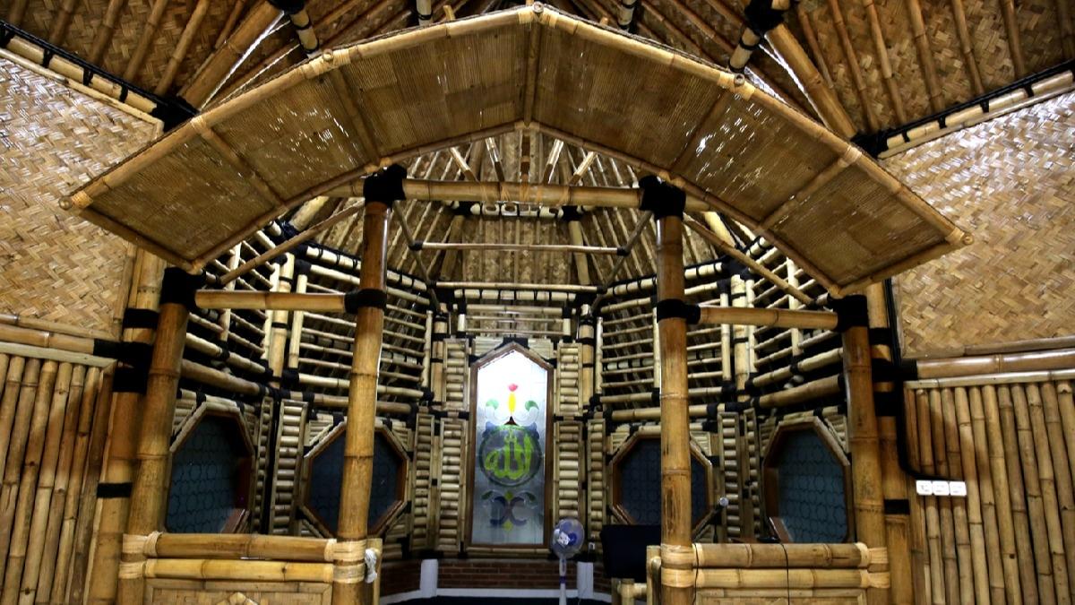 Bambudan inşa edildi! Cami mimarisiyle hayran bırakıyor