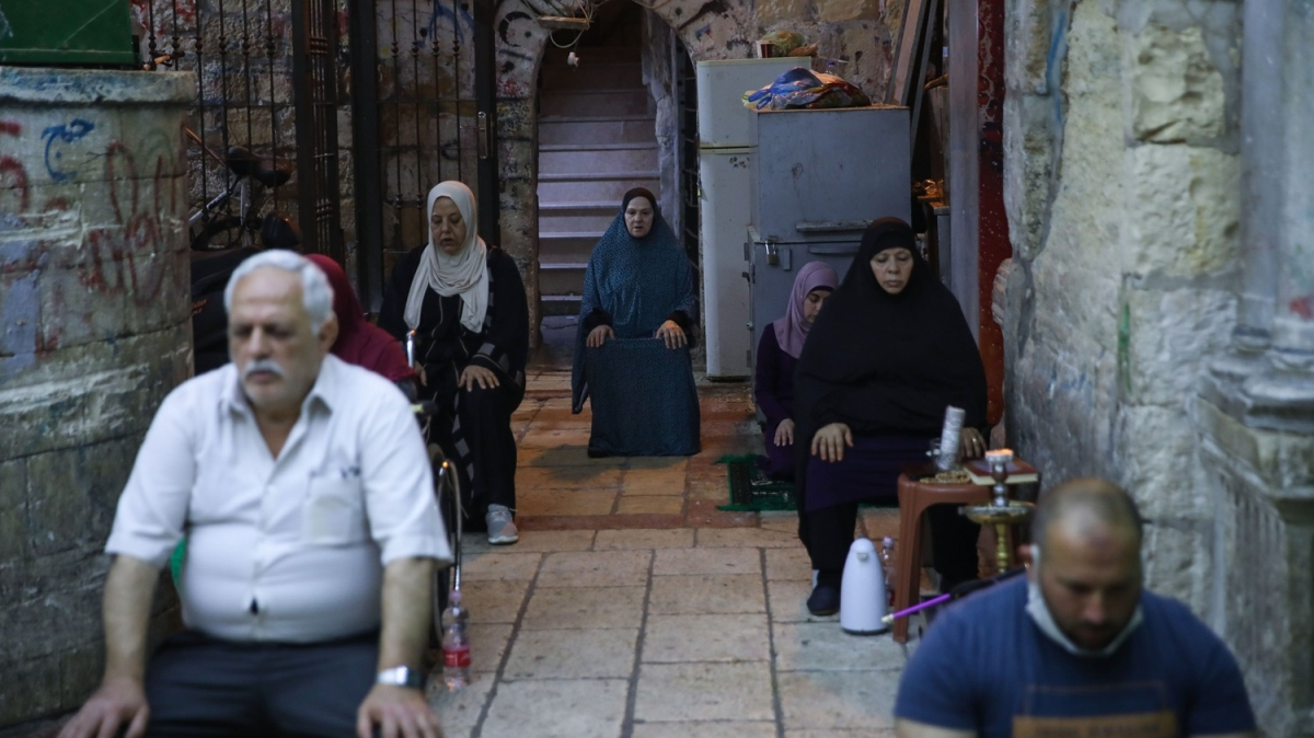 İsrail Kadir Gecesi'ni Mescid-i Aksa çevresinde ihya etmek isteyen Filistinlilere izin vermedi