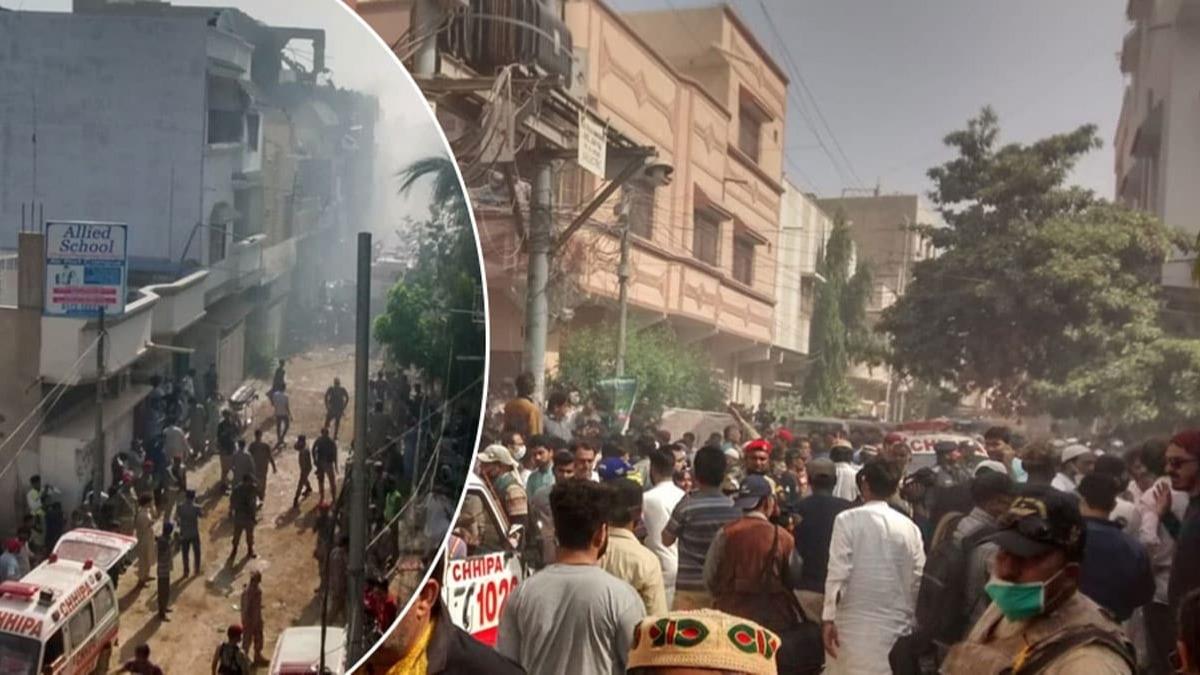 Pakistan'da feci olay! Yolcu uçağı yerleşim alanına düştü