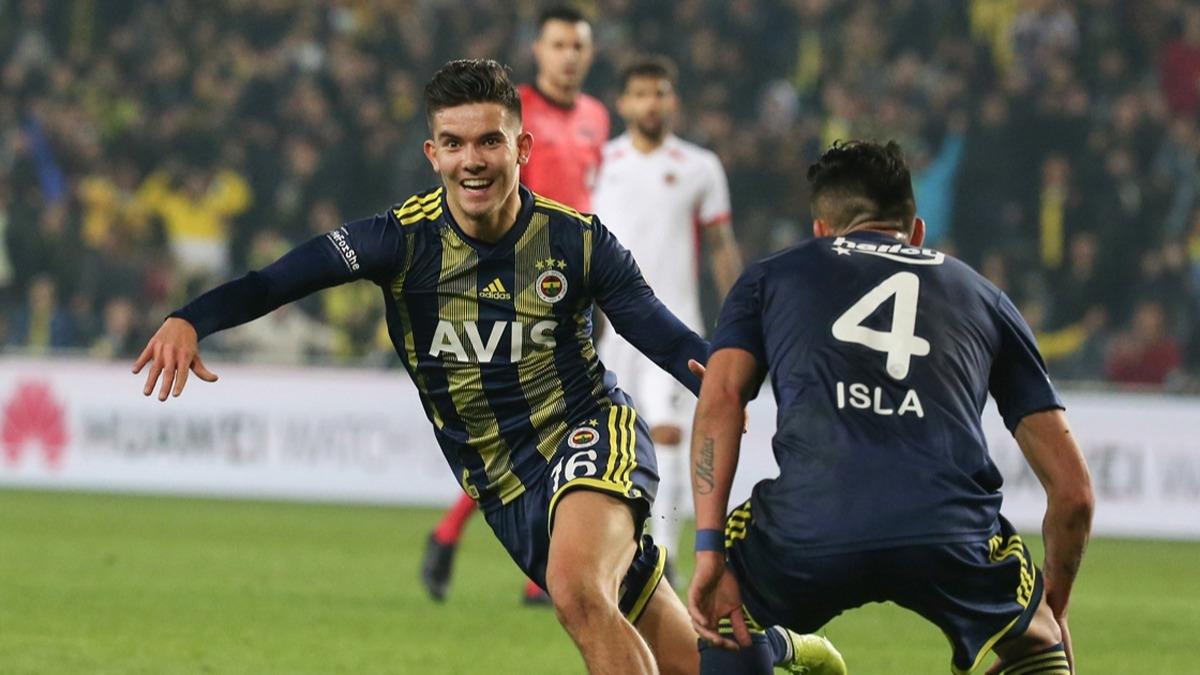 Fenerbahçe'nin genç yeteneği Ferdi Kadıoğlu'na sürpriz talip