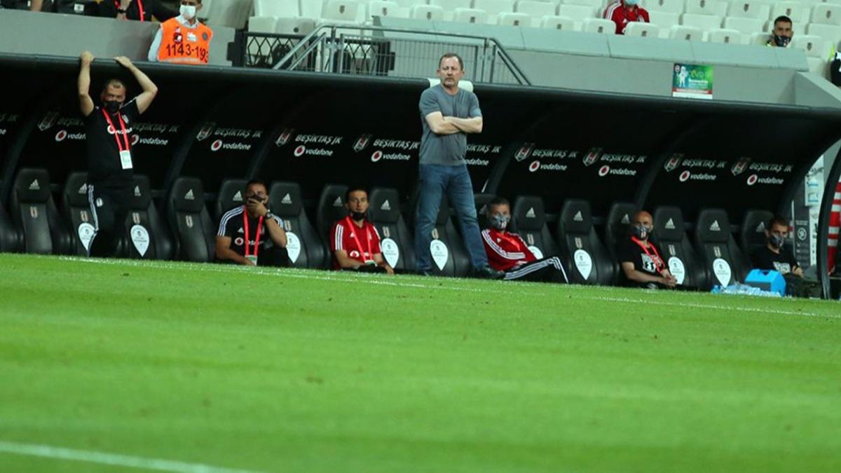Beşiktaş'ta gönderilecek isimler netleşti