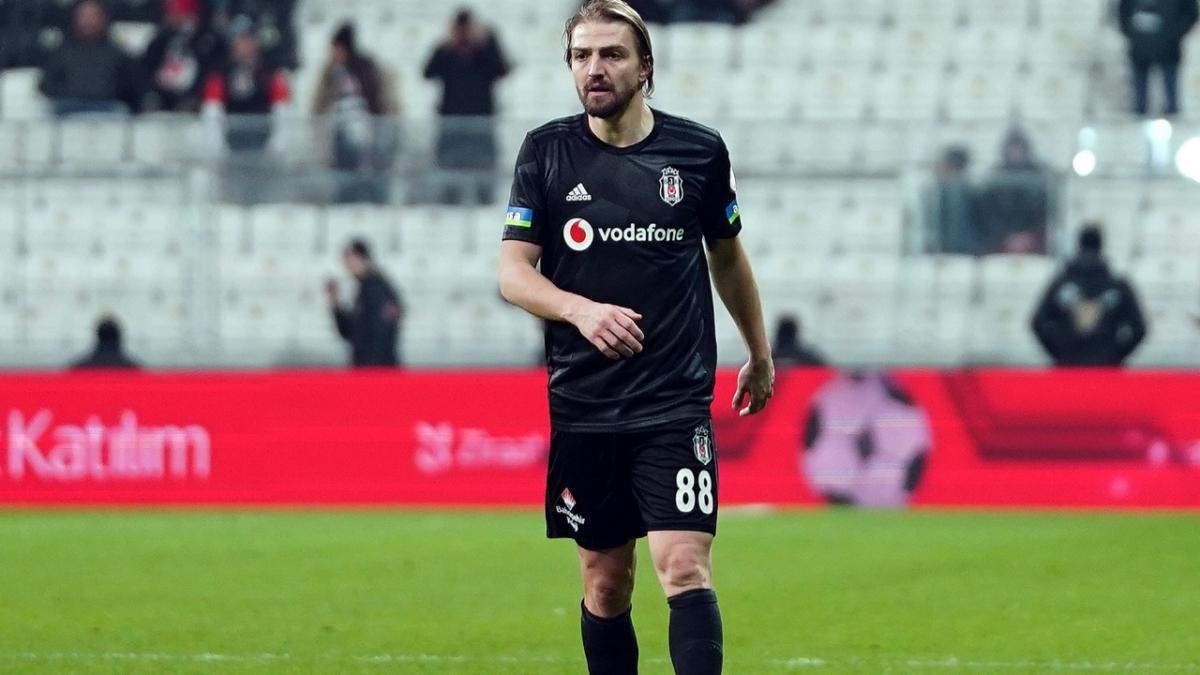 Beşiktaş'ta Caner Erkin ile yollar ayrılıyor