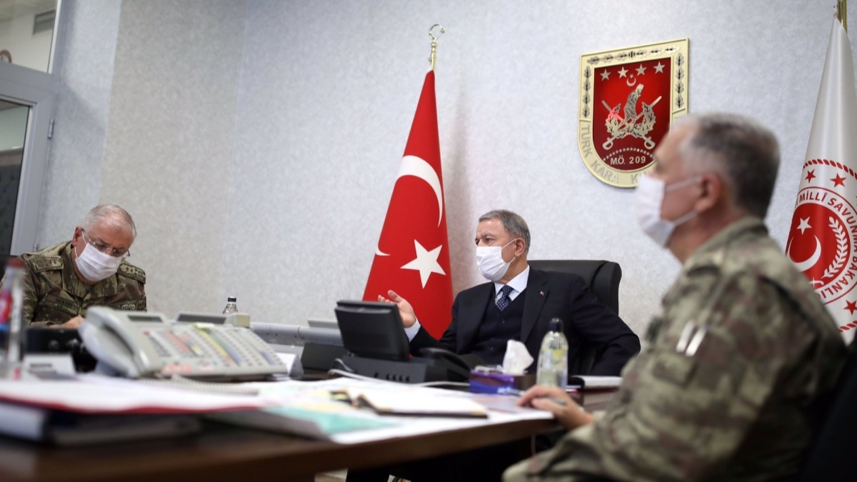 Bakan Akar ve Komutanlar 'Pençe-Kaplan Operasyonu'nu sevk ve idare ediyor: İşte o karargah!