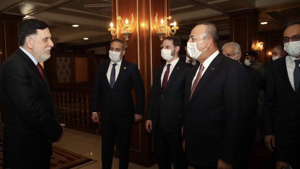 Türkiye'den önemli ziyaret! İki bakan ve MİT Başkanı Libya'da