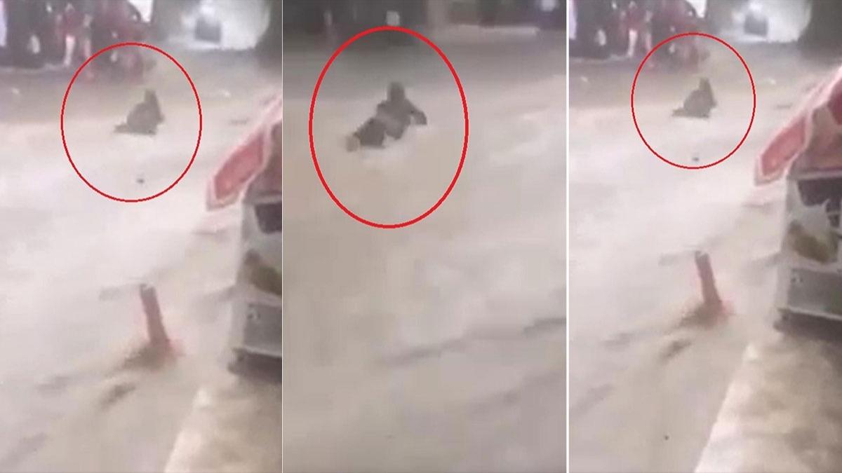 Bursa'da sağanak hayatı felç etti! Son anda kurtarıldı