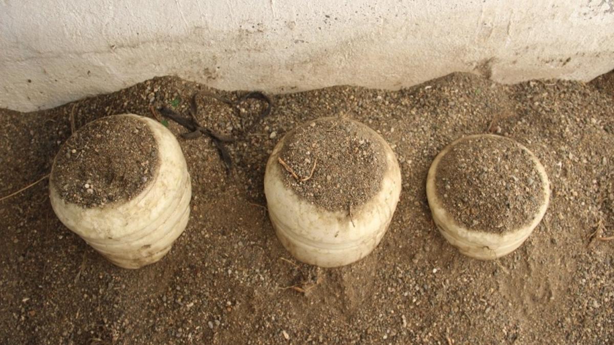 Kuma gömülerek bekletiliyor, 3 yıl bozulmadan tüketiliyor