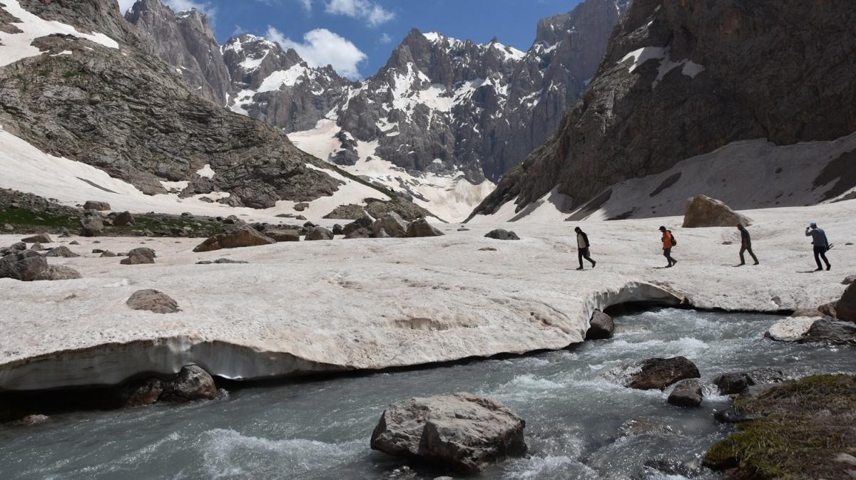 20 bin yıllık buzullar var! Terörden temizlendi, şimdi turizme kazandırılacak