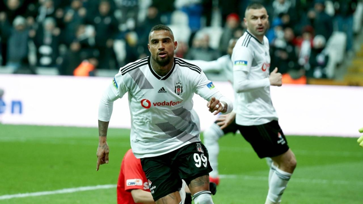 Boateng Beşiktaş'tan ayrılıyor