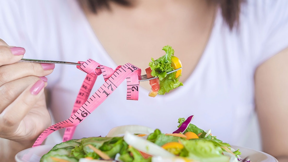 Diyet yaparken tuzağa düşmeyin! Bu bilgiler sizi 'sağlıkla' inceltecek