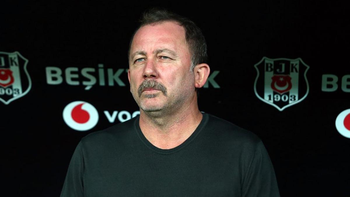 Beşiktaş 3 futbolcuyla anlaştı ama...