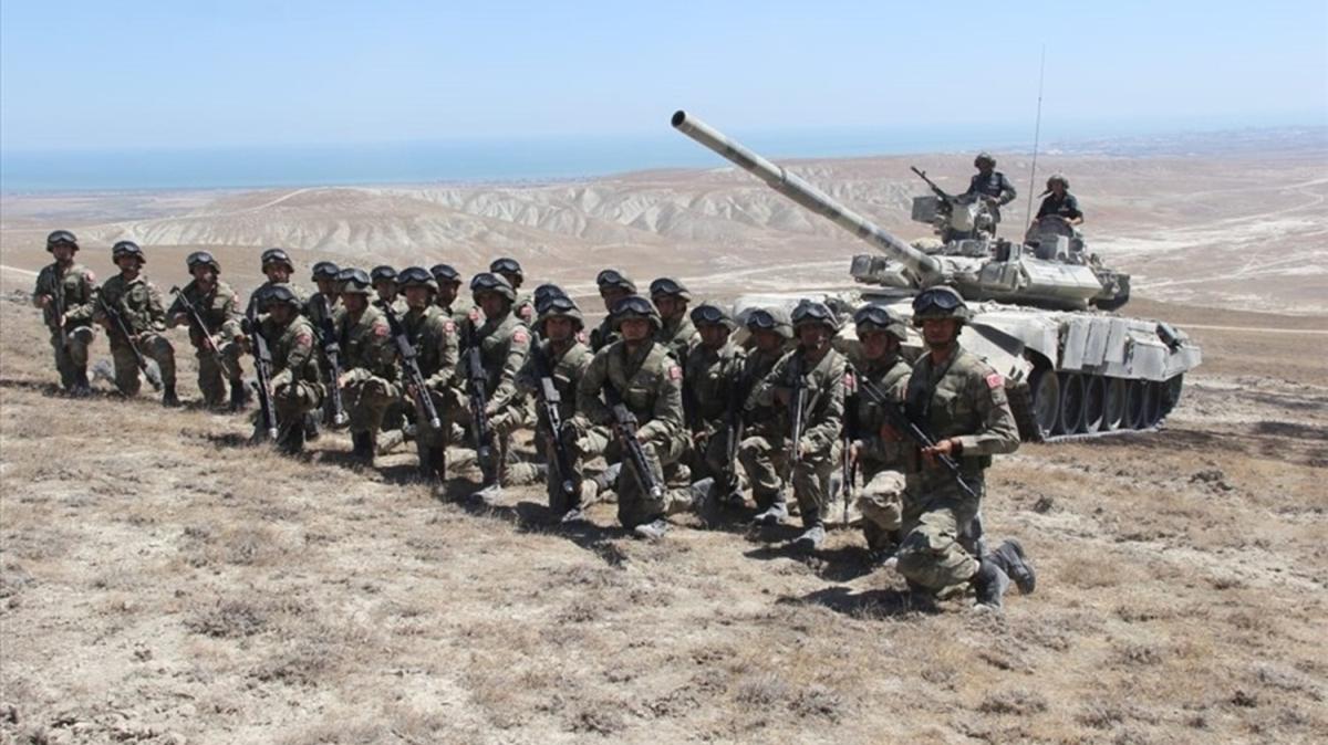 Azerbaycan ile Türkiye'den geniş kapsamlı ortak askeri tatbikat
