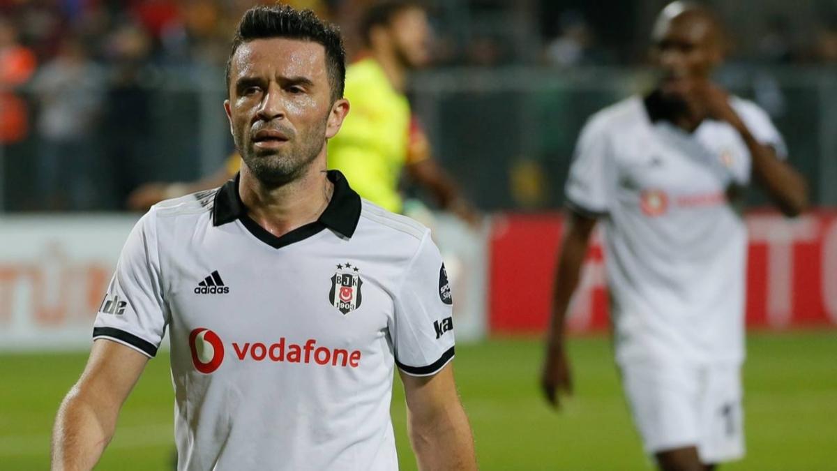 Gökhan Gönül: 'Fenerbahçe'ye gidiyorum, hakkınızı helal edin'