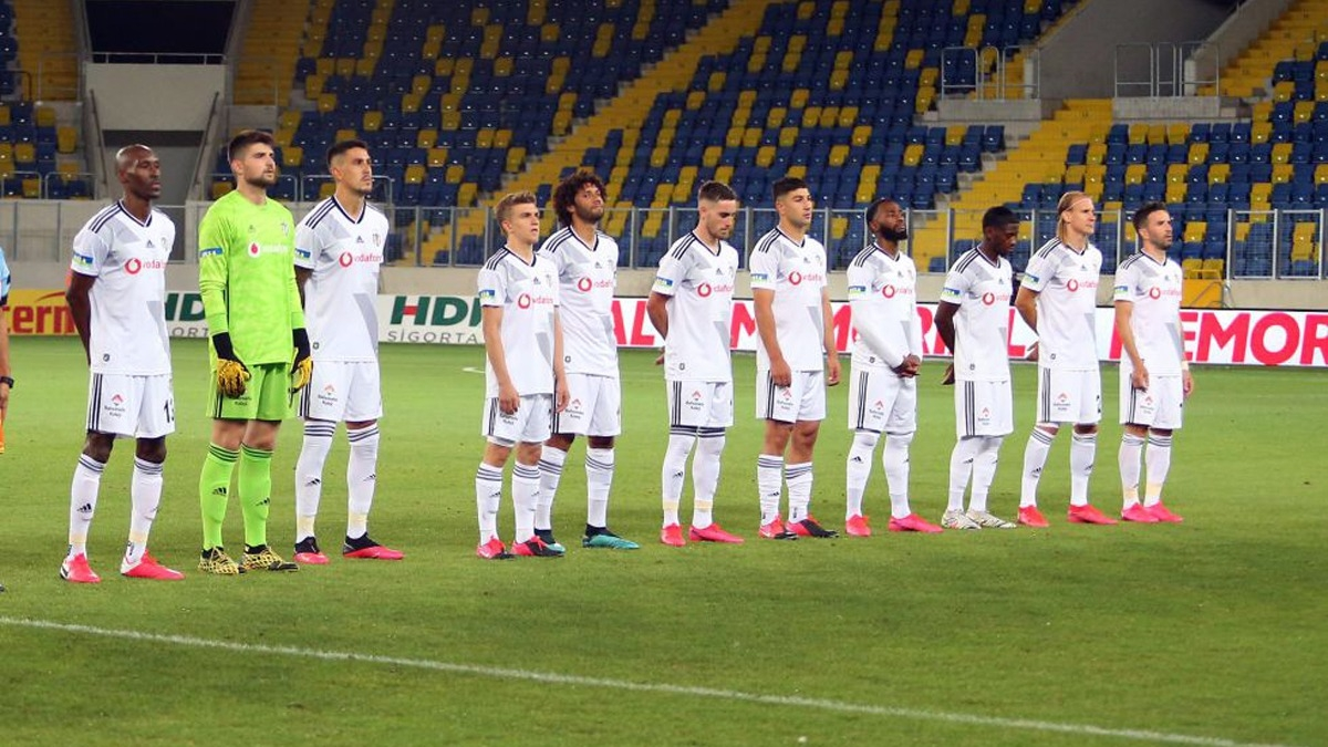 Beşiktaşlı futbolcular ne kadar ücret alıyor? İşte transfer için kalan para