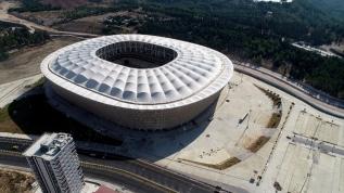 Yeni Adana Stadyumu'nda sona doğru! Hibrit çim de serildi