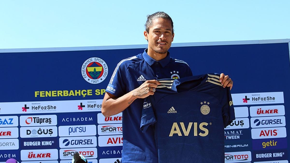 Fenerbahçe'nin yeni transferi Lemos'tan Barcelona itirafı