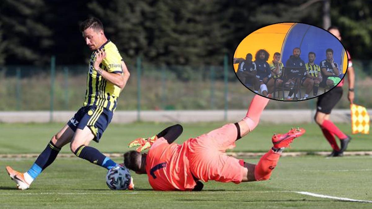Fenerbahçe maçında korkutan an! Kenara işaret etmesine rağmen...