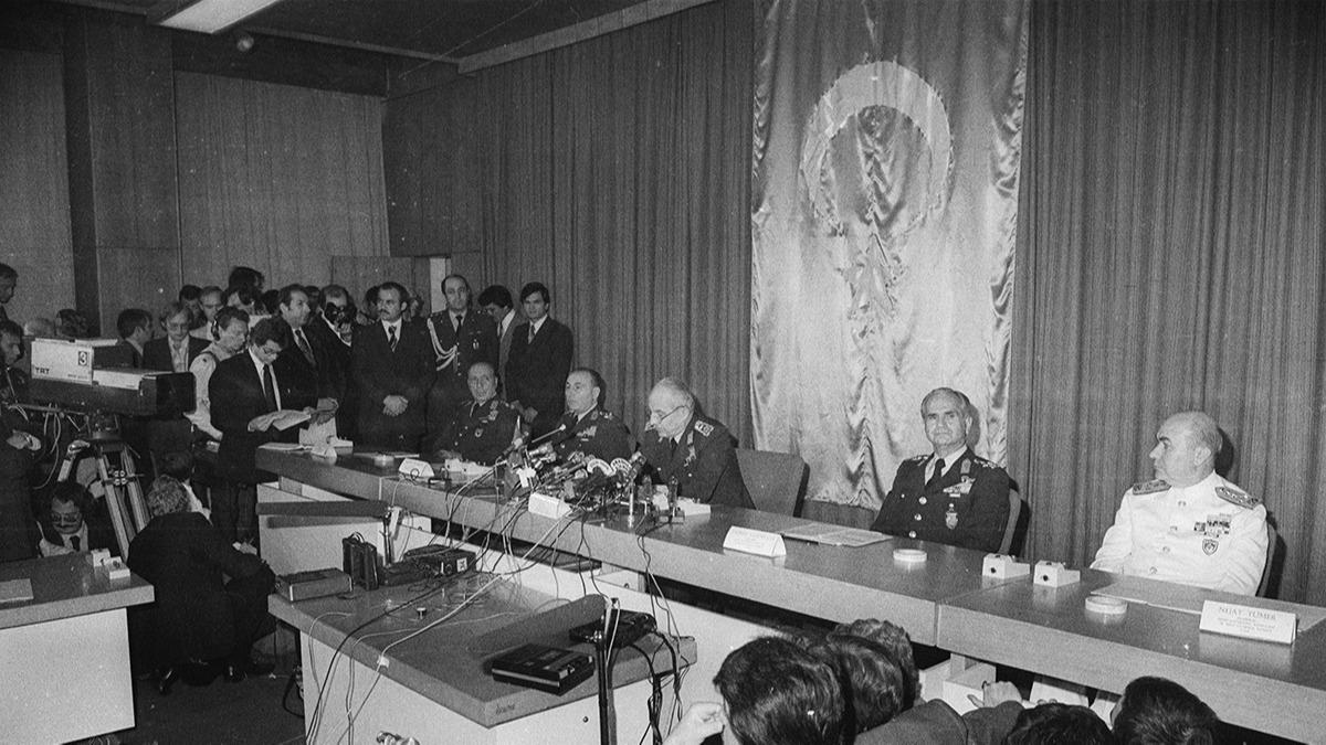 Demokrasi tarihinin kara lekesi 40. yılında