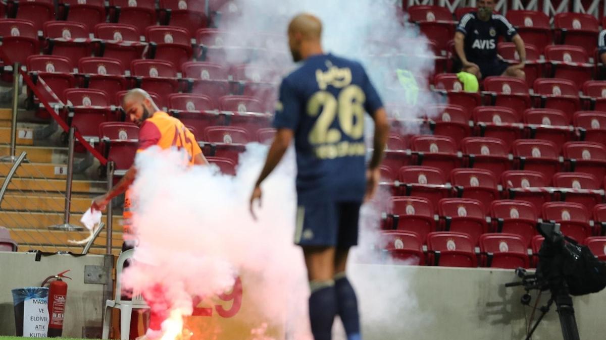 Galatasaray - Fenerbahçe derbisinde ilginç olay! Ceza gelebilir