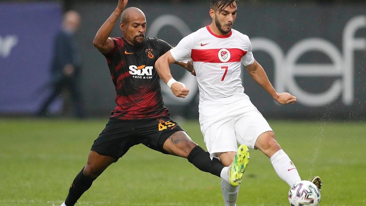 Galatasaray - Ümit Milli Takım maçında olay! Marcao, Halil Dervişoğlu'na tokat attı iddiası