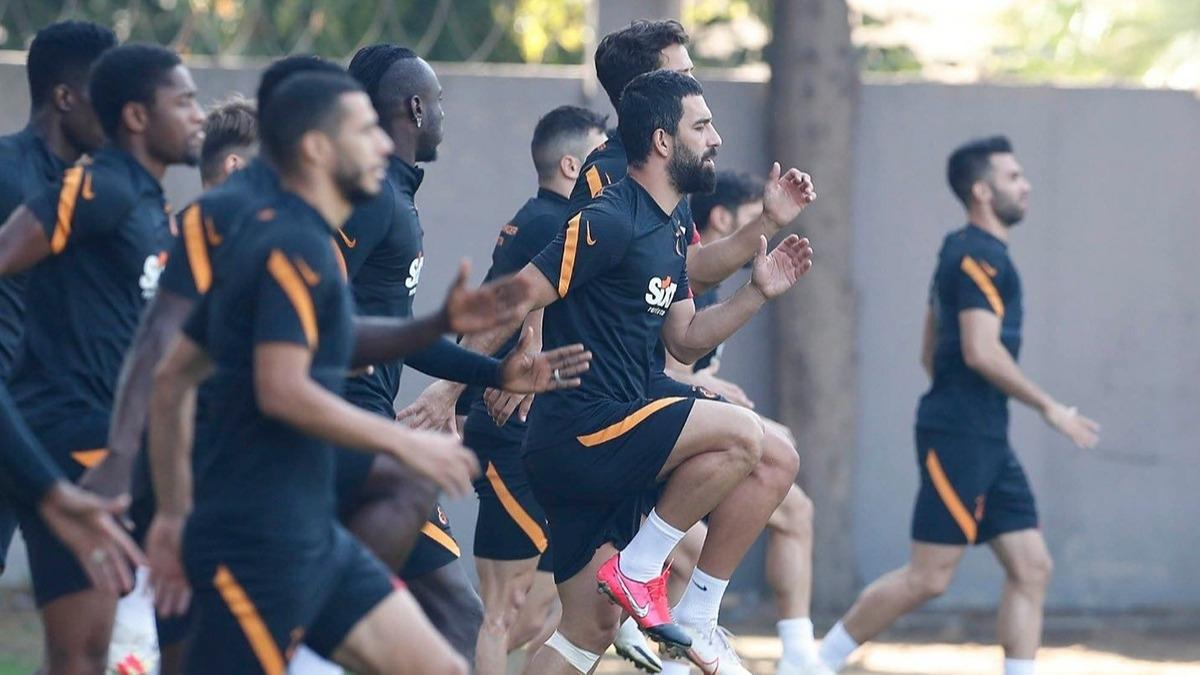 Galatasaray'da 6 ayrılık