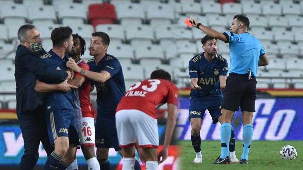 Hakeme omuz attı, kırmızı kart sonrası çılgına döndü! Fenerbahçeli yönetici sahaya girdi